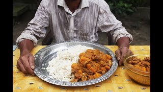 Village man huge eating show | Huge rice, pumpkin and chicken eating show
