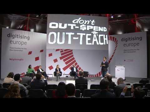"Rajeeb Dey (Enternships) at the ""digitising europe"" summit in Berlin"