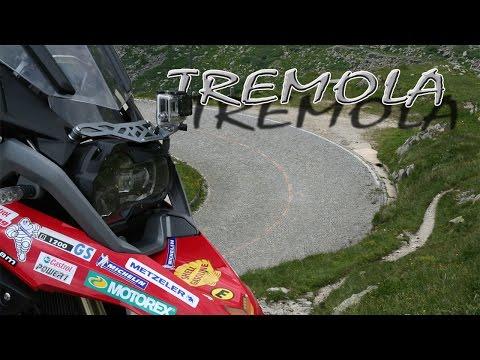Tremola, St. Gotthard-Pass, Die Historische Strecke, Abfahrt, G.-Pass - Airolo, Motorrad Mit Sozia
