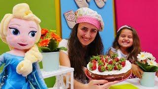 #çocukdizisi. Mini Mutfak! #Elsa ile çilekli pasta yapıyoruz! #çizgifilmoyuncakları