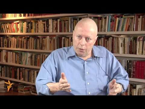 Christopher Hitchens on Iraq and Iran (Radio Free Europe / R