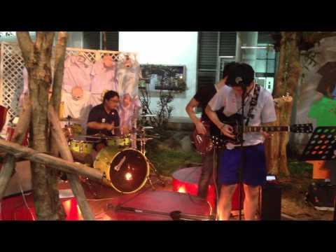 Medley BODYSLAM - Music In The Garden 2013 - วงเก้าอี้