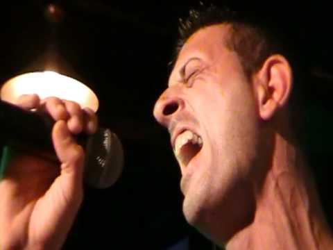 Daniele Polletta canta Salvami alla finale del Karaoke Match Volume 3