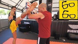 Защита от ударов ногами групповая тренировка по тайскому боксу от Дунца и спарринги Грандмастера