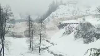 Viral video #Avalanche in Solang Nala in Manali