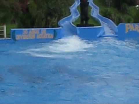 Paraiso del sur full toboganes doovi for Playmobil piscina con tobogan