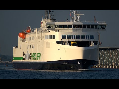 4k new scandlines hybrid ferry berlin leaves rostock port youtube. Black Bedroom Furniture Sets. Home Design Ideas