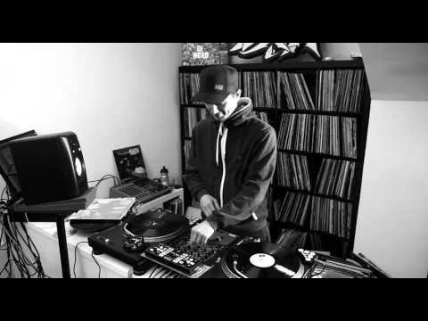 """TEXTA IN & OUT: DJ DAN """"Einfluesse"""""""