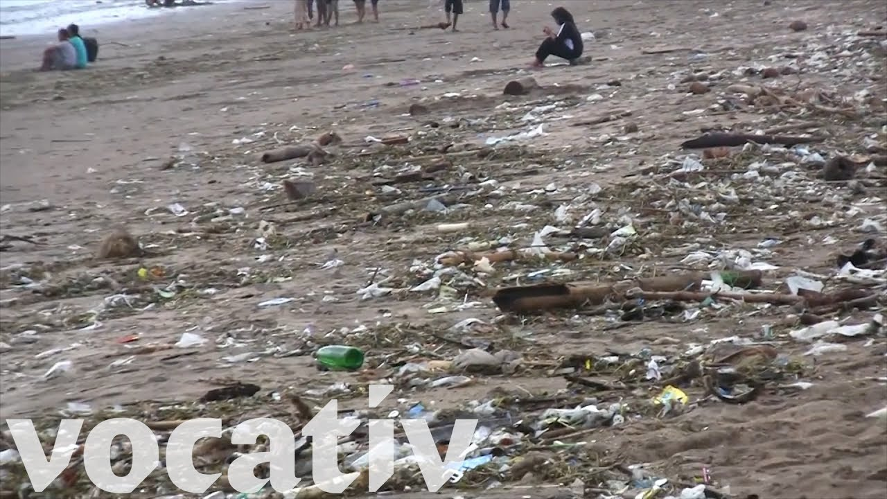 Bali S Beaches Are Overwhelmed With Trash Youtube