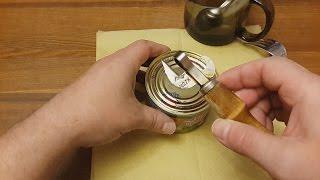 олдскульно открыть консервы !(Открывашка из СССР)