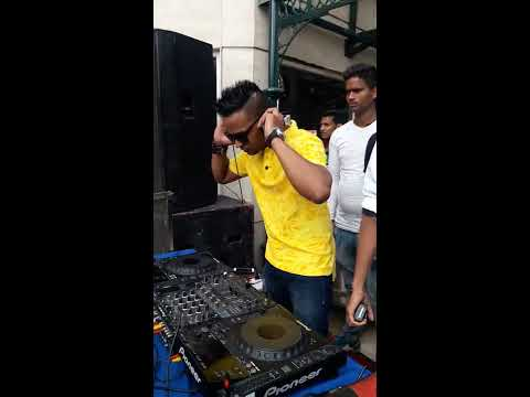 DJ DEE Delhi Pool Party Royal Plaza CP