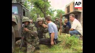 Bosnia - Serbs attack returning Muslims