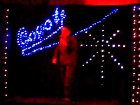 Mack the knife. Karaoke Sung by Ross Carlin