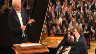 Chopin - Concerto n.1 in Mi min (I) Allegro Maestoso [Ingolf Wunder]
