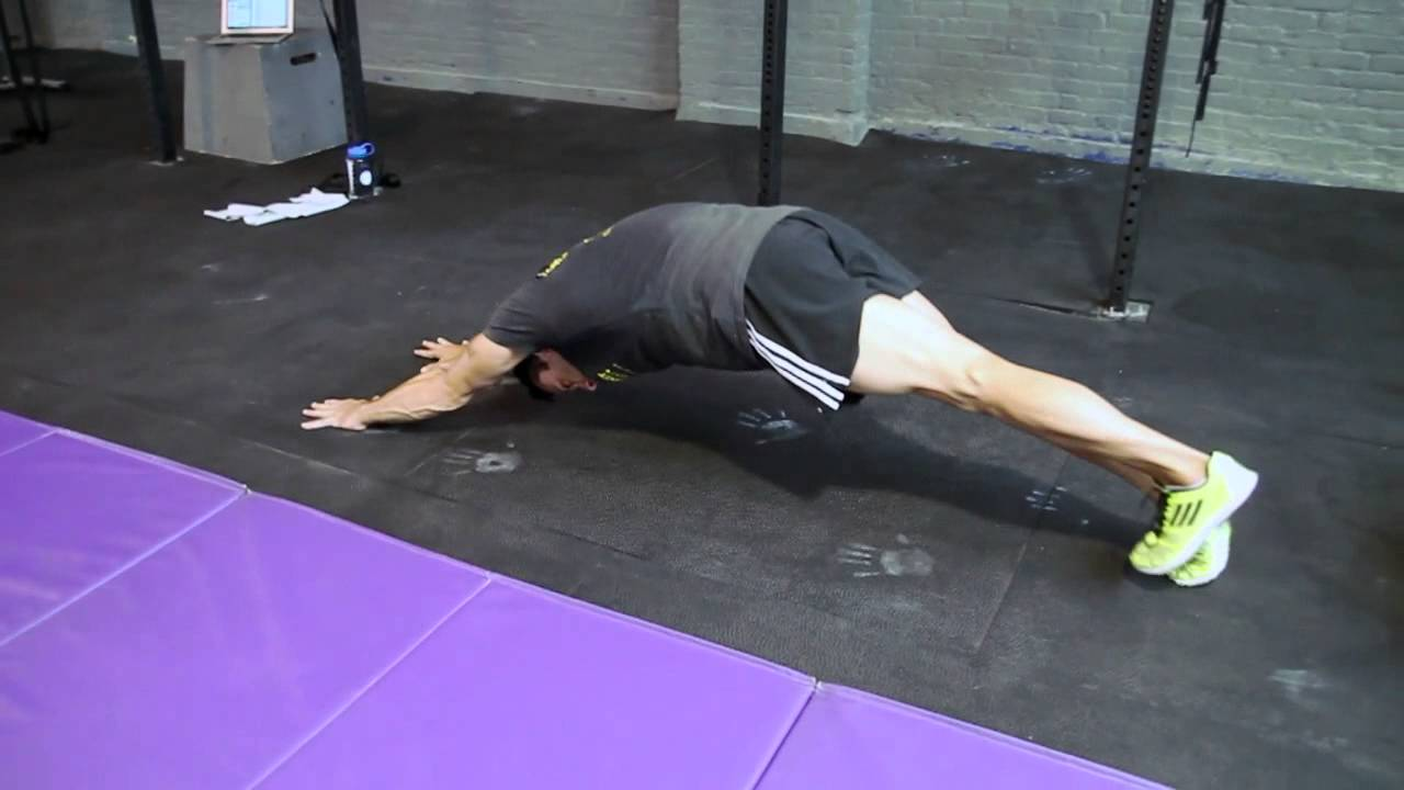 Reverse Hollow Hold Inchworm with Hollow Hold