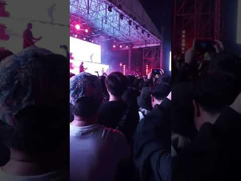 คอนเสิร์ต BMTH BKK @show Dc Arena(2)