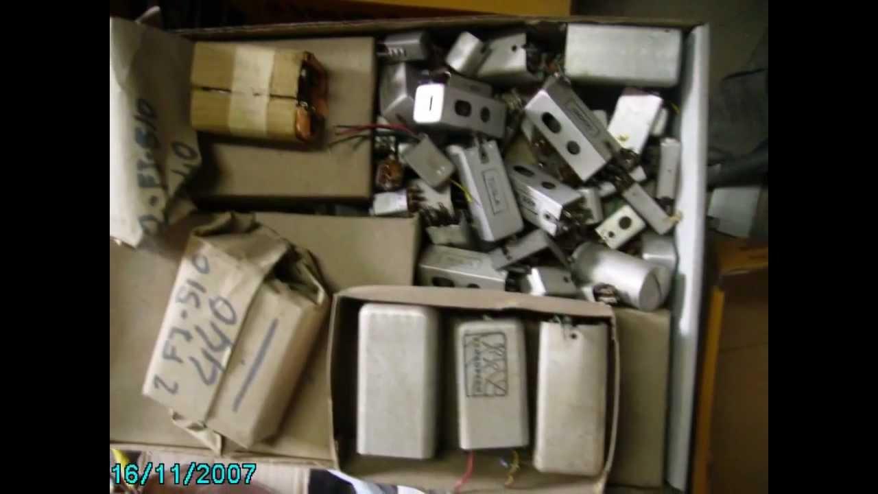 Coleccionista de radios antiguas vicente jose felip fotos mi coleccion 0 de 9 youtube - Fotos radios antiguas ...