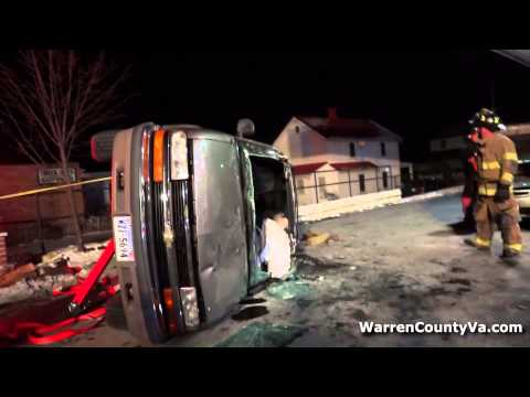 RAW VIDEO: Accident at Martin's Gas Station, Front Royal, Va.