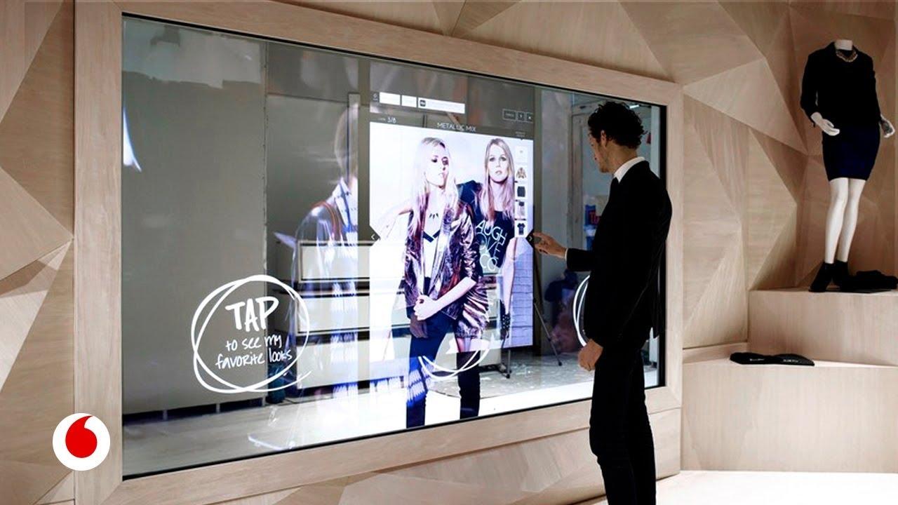 Probadores inteligentes para hacer la experiencia de compra más interactiva