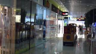 Мини-поезд в ТРЦ Экватор (Ровно) Міні-потяг в ТРЦ Екватор (Рівне) A choo-choo train in a mall