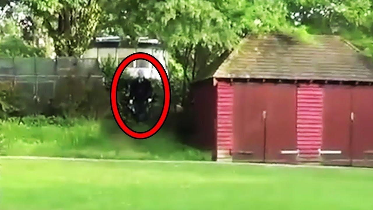 Download 10 Scariest Slender Man Sightings Caught on Tape