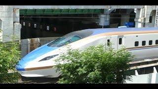 在来線が上 新幹線が下 秋葉原のマクドナルドは 北陸 上越 東北新幹線が近接撮影出来る!