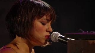 Norah Jones - Sinkin' Soon (Live at Farm Aid 25)