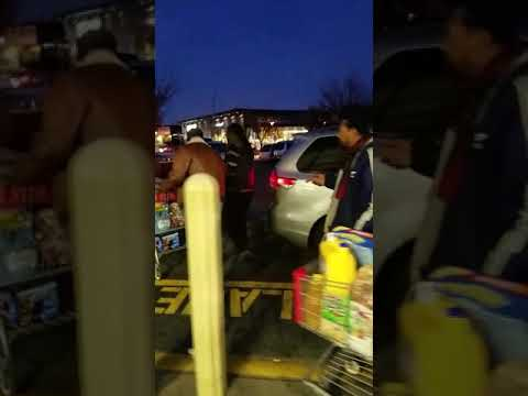 Taxi Men Fight Over Customers at BJs in Canarsie, Brooklyn NY