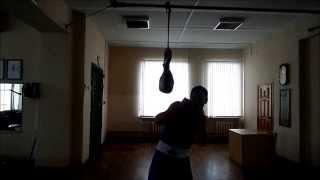 бокс работа на защиту( маятник)Boxing work on protection( pendulum)