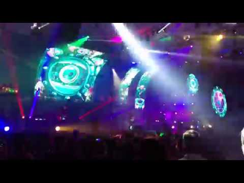 01 Concert Vunk 2017 05 25 Sala Polivalenta   Artificii Pe Tavan