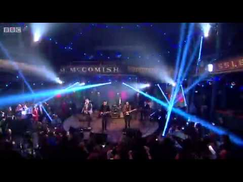 Roddy Hart & The Lonesome Fire - Hogmanay Live 2013 - Bright Light Fever