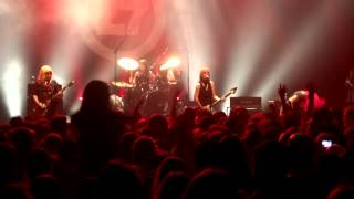 L7 - Shitlist....Fast And Frightening @ PARIS - Le Bataclan - June 17, 2015