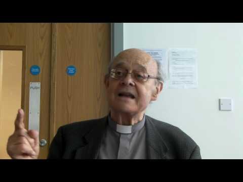 Paul Nicolson speaking to Unite Community members