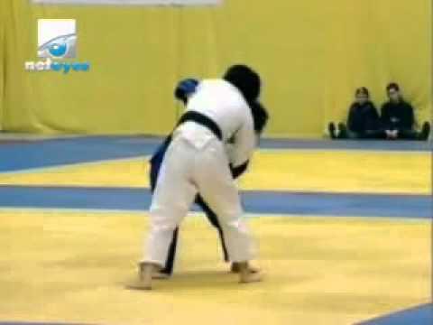 JUDO 2007 Super World Cup: Hongmei He (CHN) - Soraya Haddad (ALG)