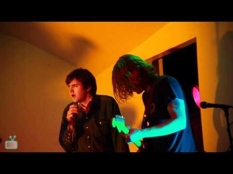 "ty-segall-""gloria""-|-live-@-the-verdi-club-[hq-audio-+-video]"