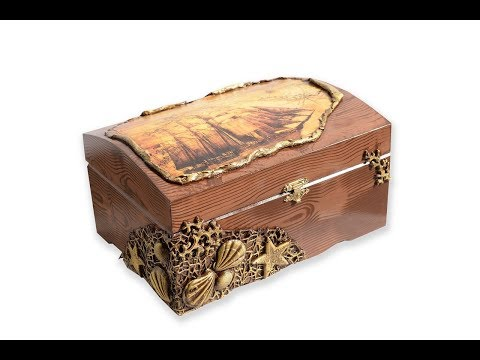 decoupage-box-with-cold-porcelain-&-rice-paper-wood-effect-/-diy-/-gold-seashells