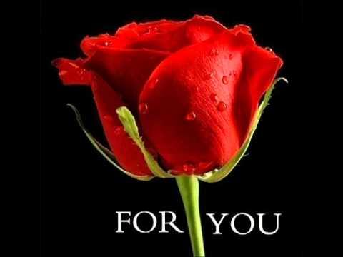 Choom Kar Madh Bhari Ankoon Se Gulabi Khagaz - roses by Sonu Nigam