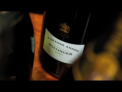 Prestige Cuvée vs Vintage Champagne with Jancis Robinson - Bollinger Champagne Pair 1/8