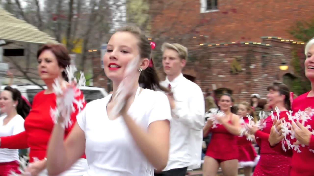 2014 Main Street Christmas Parade Placerville - YouTube