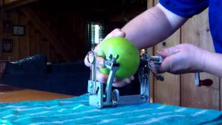 Pampered Chef Apple Peeler/ Corer /Slicer!!