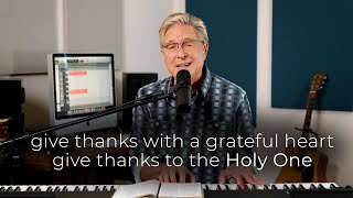 "Don Moen Sings ""Give Thanks"""