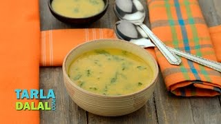 कॅरट एण्ड स्पिनॅच सूप (Carrot and Spinach Soup) by Tarla Dalal