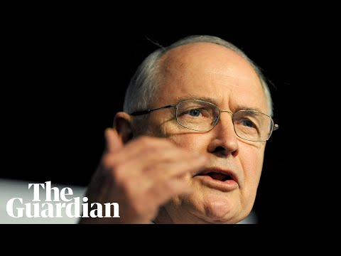 Ross Garnaut says Australia's 'independent centre' is being 'drowned out'
