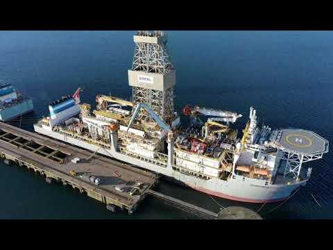 Drilling ships Hunterston