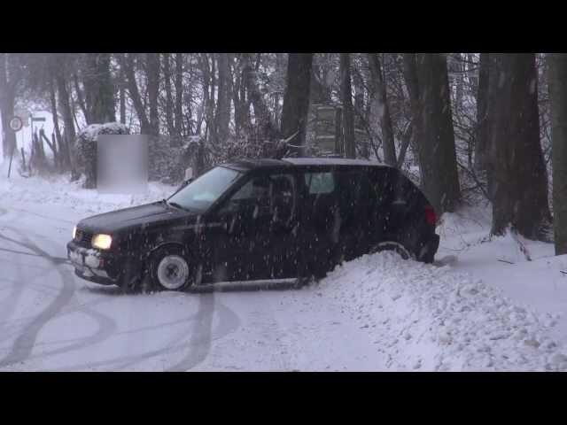Evo šta se desi kad vozite sa ljetnjim gumama po snijegu