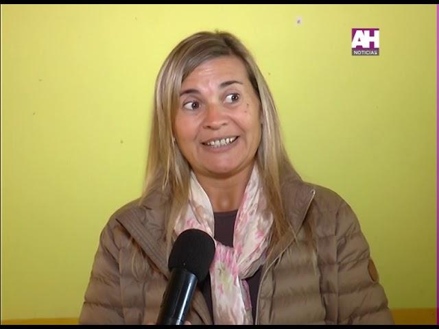 VERONICA UZURIETA   VANESA GODOY   PRESENTACION AREA DE LA MUJER EN DISTINTOS CIC
