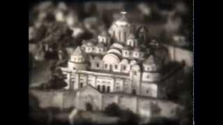 видео «Андреевский спуск» - одна из старейших улиц Киева.