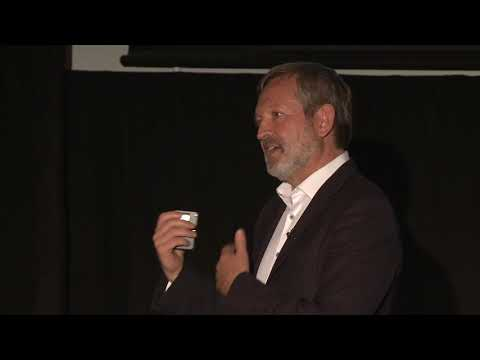 Digital Leadership Vs Digital Transformation | Nelson Phillips | TEDxHessle