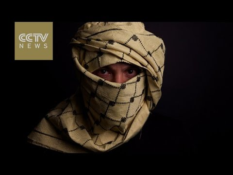 Lebanese architect creates bulletproof Keffiyeh scarf