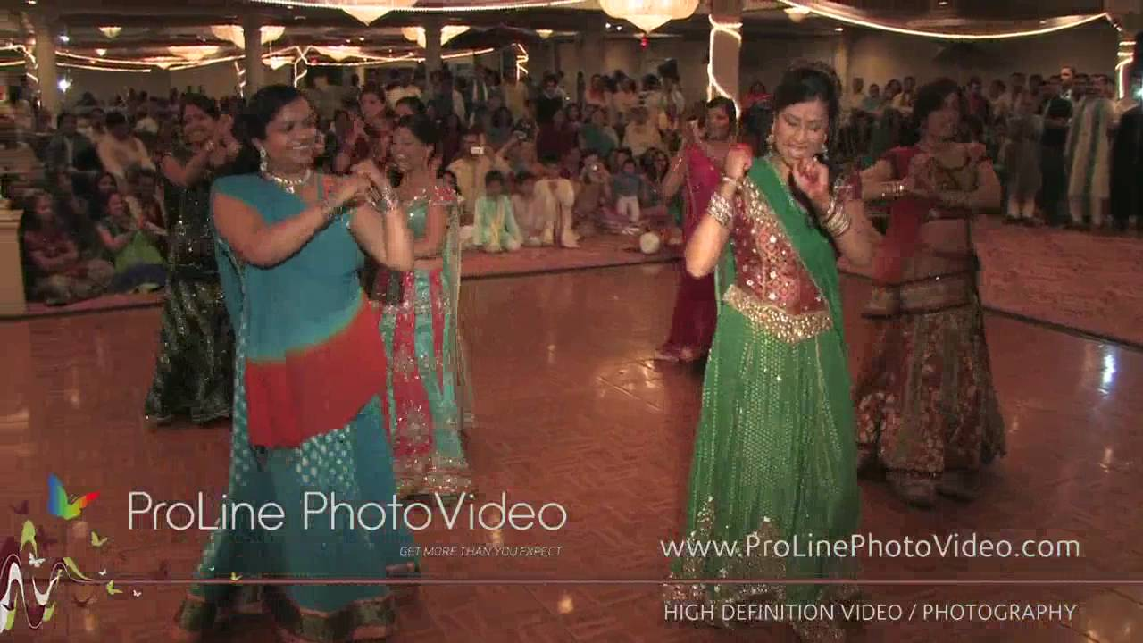 Indian Garba Night at Akbar Restaurant, Edison NJ (Ruju and Jay)